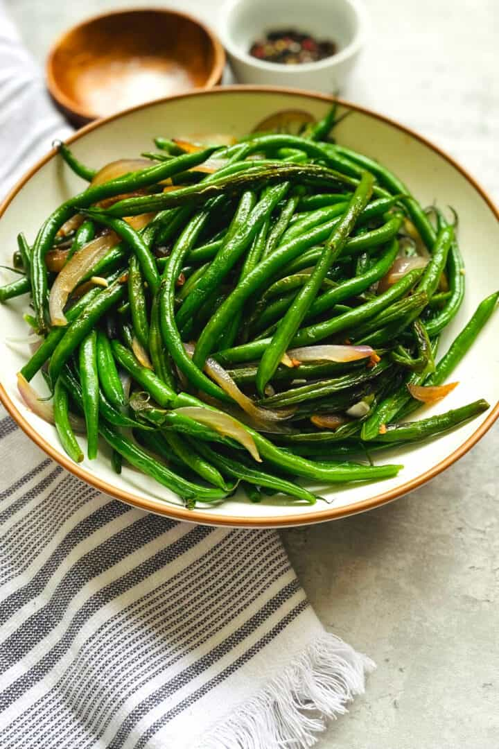 green beans cooked with onions